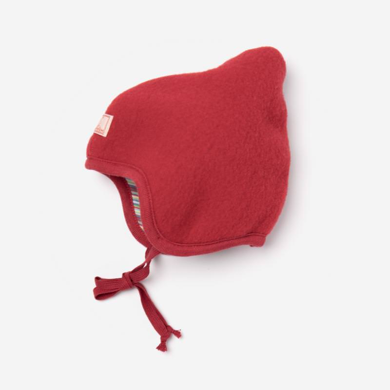 Mütze Flora von Pickapooh aus Wollfleece in rot
