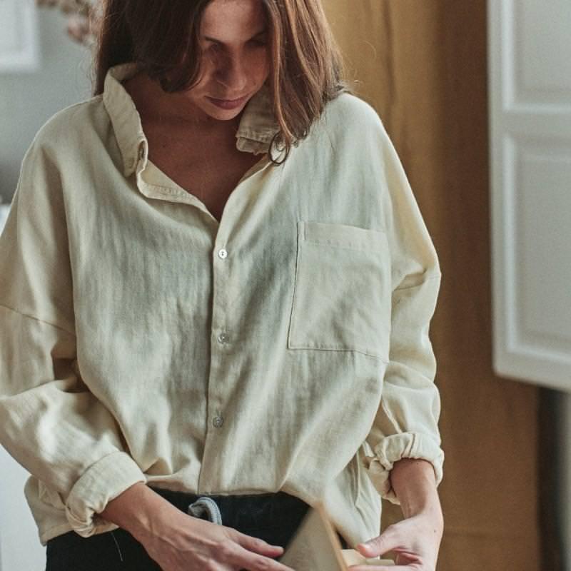 Damen Bluse OSMONDE von Poudre Organic aus Bio-Baumwolle in almond milk