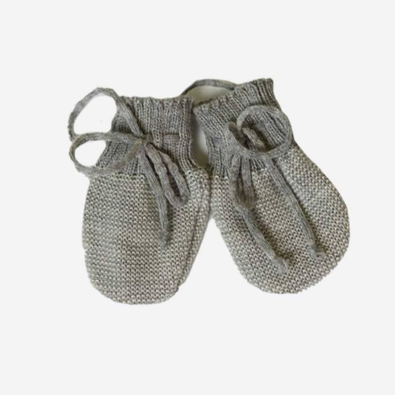 Baby Handschuhe von Disana aus Wolle in grau-natur
