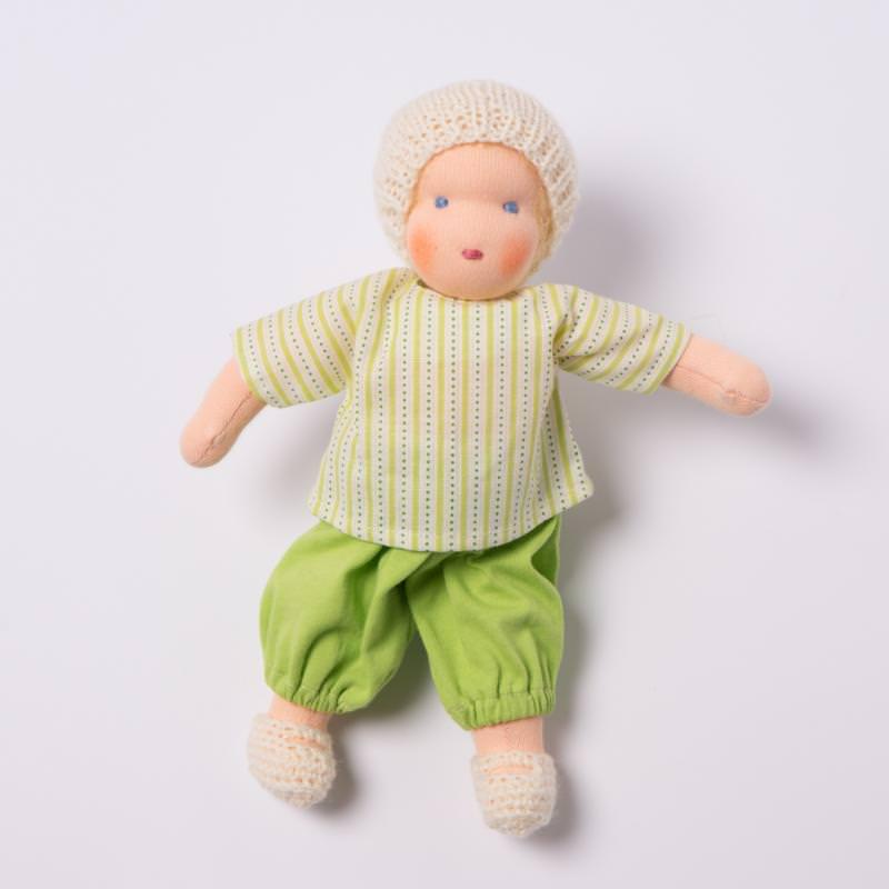Puppen Junge nach Waldorfart klein blondes Haar