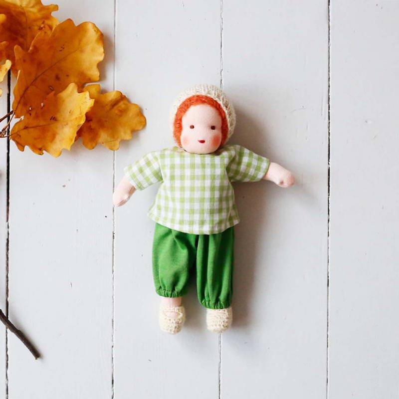 Puppen Junge nach Waldorfart klein rotes Haar