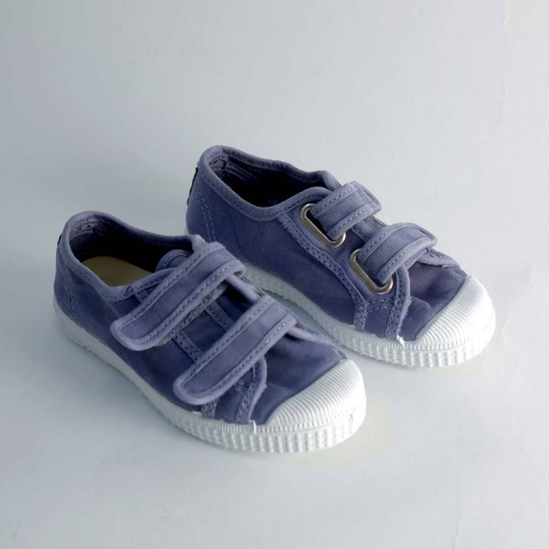 Sneaker mit Klettverschluss lavanda
