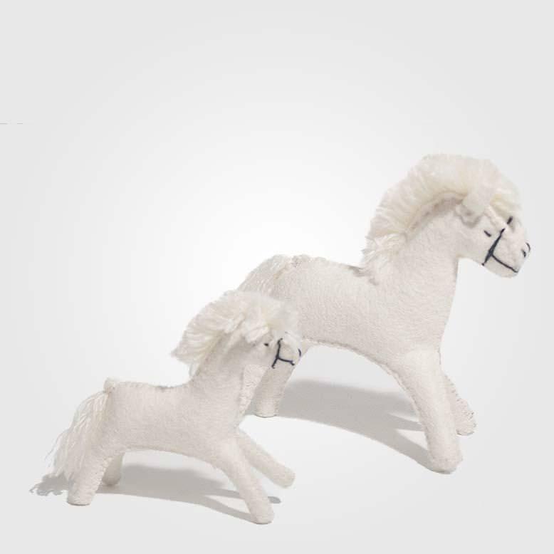 Filz Pferd weiß