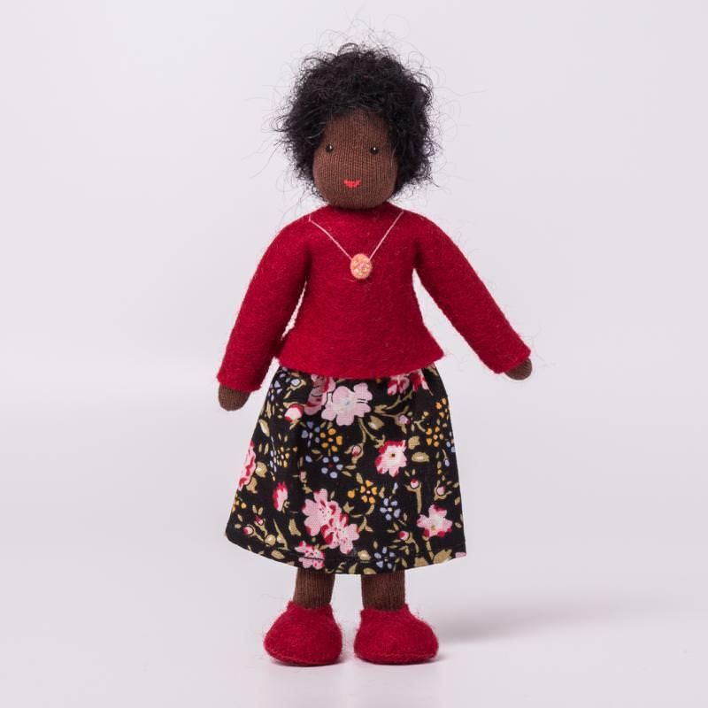 Puppenstuben Mama schwarzes Haar