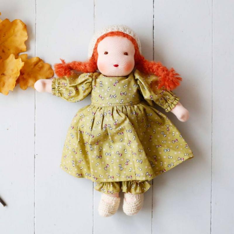Puppen Mädchen nach Waldorfart groß rotes Haar