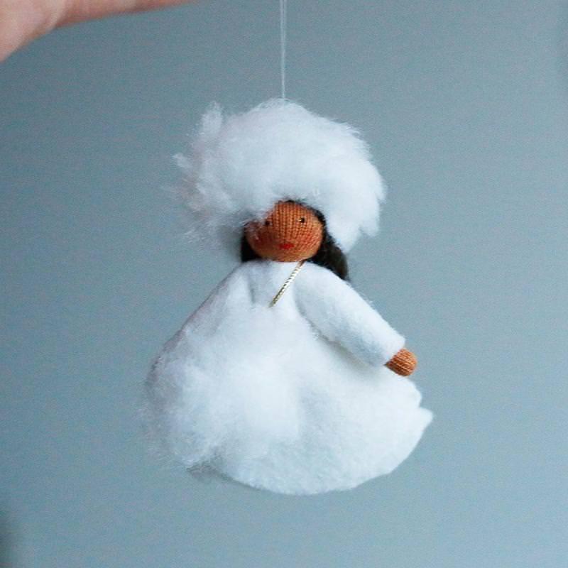 Filzpüppchen Schneeflocke hängend Vera