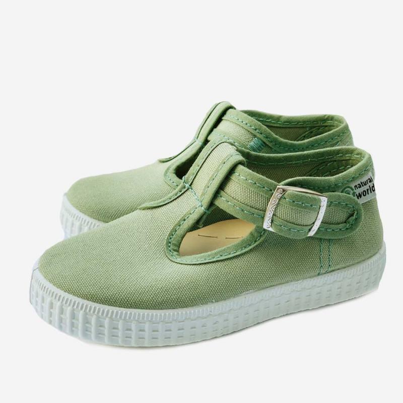 Sandale mit Knopfverschluss grün