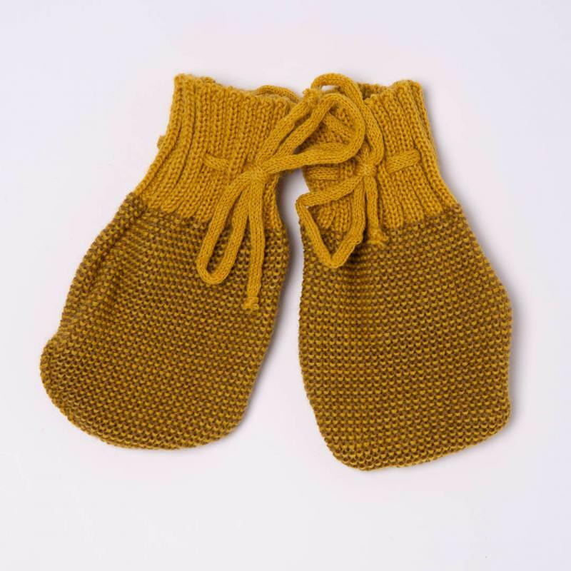 Baby Handschuhe von Disana aus Wolle in curry-gold